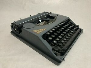 Immaculate Hermes Baby Typewriter with Case, Swiss, 1939, Tested, Paillard