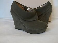 b22c2c95a309 BCBGeneration BCBG 6 M Madena Clove Ankle BOOTIES Womens Shoes