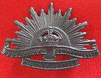 AUSTRALIAN ANZAC WW1 & WW2 RISING SUN UNIFORM HAT OR CAP BADGE MEDAL