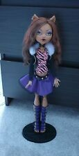 "Monster High 17"" affreusement Tall Clawdeen Wolf poupée avec support"