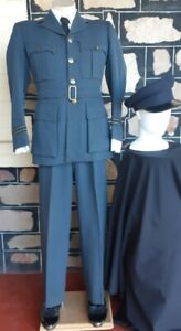 WW2 1943, Original British Air Force uniform and Officers Peaked Cap, size S,...