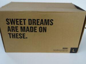 BarkBox Memory Foam Platform Dog Bed Plush Mattress LARGE Grey 35 x 22 x 3 NEW