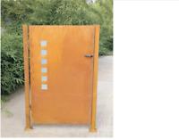Gartentür Edelrost Gartentor Metall inkl. Pfosten Rost mit Glasdeko Türschloss