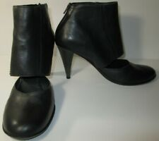BERNARDO WOMENS SIZE 8.5 M BLACK LEATHER BOOTIES HEELS SHOES MADE IN BRAZIL*USED