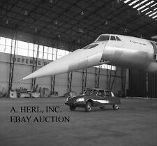 Citroën DS - 1968 publicity campaign airplane Concorde photo France photo