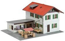 Faller 131273 Casa di abitazione con negozio Zia Emma SCARICA 195x150x105mm