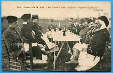 CPA: Sur le front - Caïd et Officiers - Déjeuner en plein air / Guerre 14-18