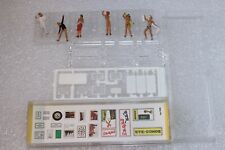 HO / 00 Showers and Showering Figures --- Boxed 108 Preiser