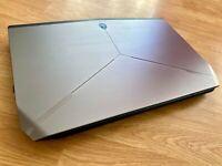 Alienware 17 R2 Laptop (i7-4720HQ, 3.5GHz, 256 SSD, 1TB HDD, GTX 980M, 16GB RAM)