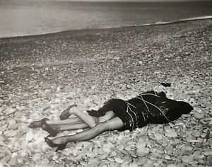 Helmut Newton, 1984, ON THE BEACH, Bordighera, Italy, Matted , mounted PHOTOLITH