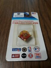 CINCINNATI REDS OFFICIALLY LICENSED COLLECTOR PIN BY WINCRAFT INC. BRAND NEW