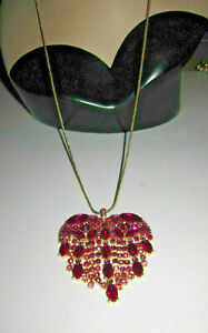 BETSEY JOHNSON BREAKING HEARTS LONG PENDANT PINK NECKLACE
