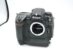 Nikon D2X DSLR Camera - Body Only +  Battery
