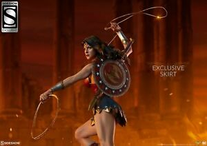 Sideshow Wonder Woman Premium Format EXCLUSIVE 0378/2500 New in shipping box
