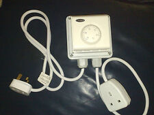 THERMOSTAT FOR GROW ROOM / TENT FAN CONTROL HYDROPONICS - FREE POSTAGE