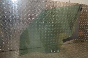 Skoda Yeti 5L Door Glass Panel Window Front Right