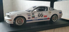 1:18 Ford Racing Mustang FR500C von AUTOart - Limited Edition