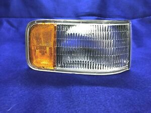 1992 1993 1994 1995 1996 1997 Cadillac Seville Right Side Park Lamp Turn Light