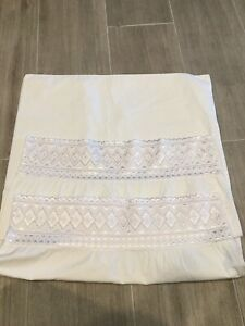 "White Shabby Summer Cottage~Farm House ""Lace Edge"" Pillowcases set of 2 Vintage"