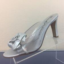 Beverly Feldman Women's SZ 8 B Sliver Clear Plastic Flower Slide On Heels S167