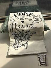 """Luxor Box """"Home Is Where The Heart Is"""" Set 2 Towels large 28"""" x 29"""" -2 Available"""
