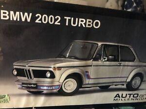 Autoart 1:18 BMW 2002 TURBO WHITE