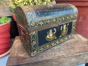 Antique Wooden Hand Carved Hand Painted King Queen Floral Beautiful Mughal Box