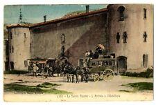 CPA 13 Bouche du Rhône La sainte Baume Arrivée à l'Hôtellerie calèche animé