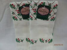 Charles Craft Fingertip Towels Hollyberry set of 2 - NWT