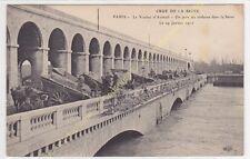 CPA 75016 PARIS Crue Seine 19 janvier 1910 Viaduc Auteuil on jette ordures