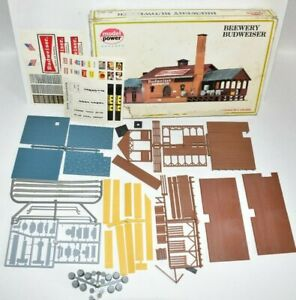 Model Power Brewery Budweiser no 451 HO Scale Building Kit Looks complete