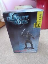 Planet of the Apes Figurine-New-2001-Attar
