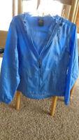 Kelty Women Size small S -  Blue Windbreaker Jacket Zip Up Hood Drawstring