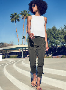 ATHLETA Textured Brooklyn Jogger 6 (S SMALL) Mountain Olive | Travel Work Pants