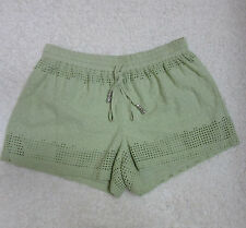 Blue Rain Women's Small Green Casual Shorts Floral Crochet Lined Pull-on