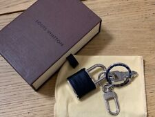 LOUIS VUITTON BAG CHARM key ring. 100% genuine.