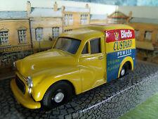 1/43 CORGI CLASSICS Morris mini van