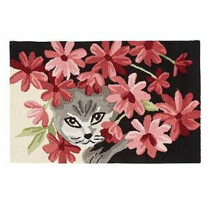Flower Cat Hand Hooked Rug - Floral Cat Hooked Accent Rug - Cat Hooked Mat