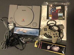 Sony PlayStation 1 - OVP Grau - SCPH 7502 C - inklusive Zubehörpaket & Spiel