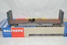 HO Walthers BC Rail British Columbia Canada 50' bulkhead flat car WEATHERED