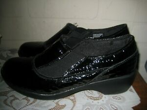 Skechers Patent Leather Comfort Shoes