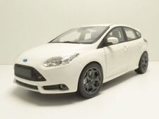 FORD FOCUS ST 2011 blanc 1/18