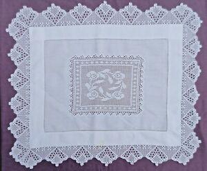 Vintage Rectangular White Linen  Tea Table Cloth/Centre. Crochet Lace Roses.