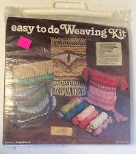 Easy To Do Weaving Kit Makes Two Items Orange Red Yellow Brown NOS Damon Fiber
