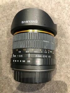 Samyang 8mm f/3.5 Fisheye Lens for Canon EOS DSLR/SLR - as new