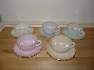 5 Retro Arcopal Harlequin pastel coloured glass tea cups & saucers set VGC