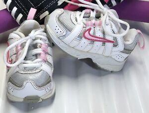 NIKE Advantage Runner White/Silver/Pink Toddler Girl Size 3C 386609-061.