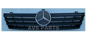 2002-2006 Sprinter Front Grille with Chrome Star Conversion Assembly A9018800085