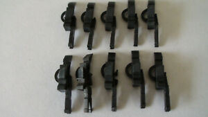10 x Roco HO couplings with uncoupling hoop for NEM pockets
