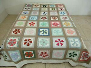 """NEEDS TLC! Vintage Signed '83 Hand Sewn Applique DRESDEN PLATE Quilt; 98"""" x 86"""""""